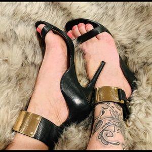 💋 bebe brand Sexy Stiletto heels Gold/Black EUC 8